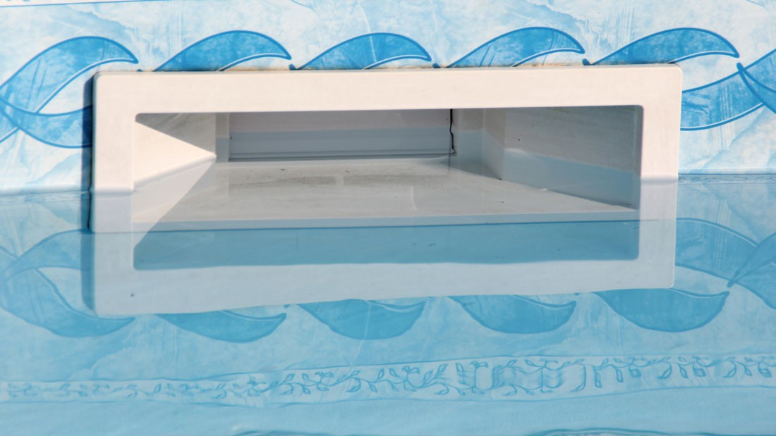 Improved water quality in public swimming pools through the use of UV and ozone